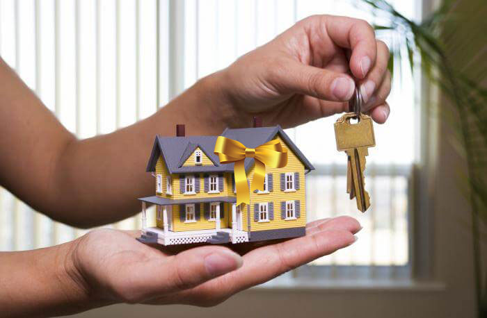 вопрос Какой налог на дарение квартиры родственнику в 2017 году почти горизонтально