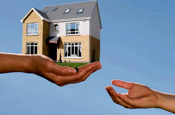 Приватизация жилья муниципальным органом может привести к принудительному снятию жильцов с регистрации