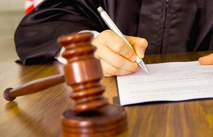 Размен через суд