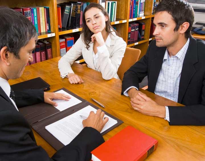 Какие риски при оформлении сделок с недвижимостью