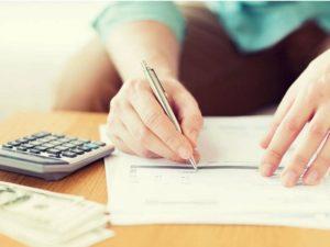 - направляют в ТСЖ обращения для долговой реструктуризации и не учитывать пени;