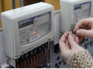- технический износ счётчика, конечный этап эксплуатации;